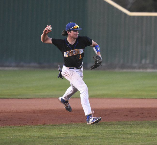 Vilade overcomes change to become top MLB prospect
