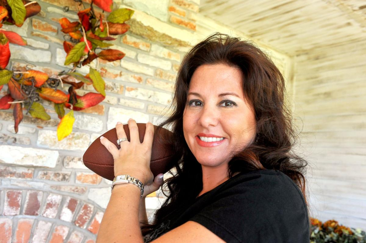 Video The Coachs Wife - Kristen Gundy Talks About Family And Football  Local News -4423