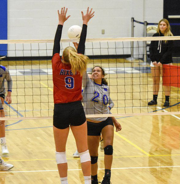 Lady Pioneers beats Bixby, former coach Stinchcomb in 5 sets