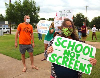 Parent protest: Stillwater parents call for return to the classroom