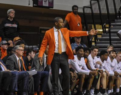 ORANGE PRATTLE: NCAA fails to be consistent in issuing hoops penalties