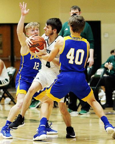 Knights capitalize on Alices' droughts
