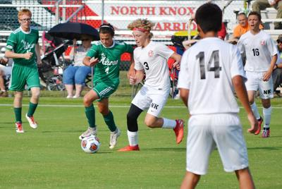 Alices hold off Warriors, 2-1