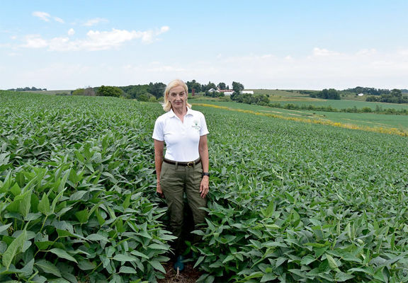 Resilient Farms - Producer Takes Winding Road Back To Farm