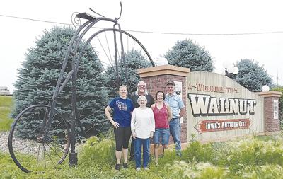 Blast From the Past Highlighted at Walnut's RAGBRAI Stop