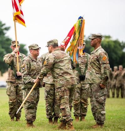 Fort Sill's Red Dragons welcome new commander