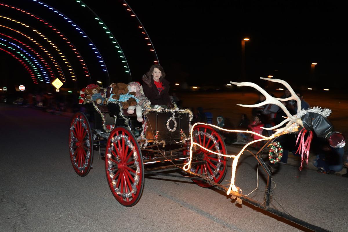 Lawton Christmas Parade 2020 Lawton Christmas Parade 2019 | Local News | swoknews.com