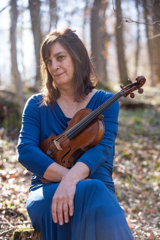 Violinist Rebecca Boyer