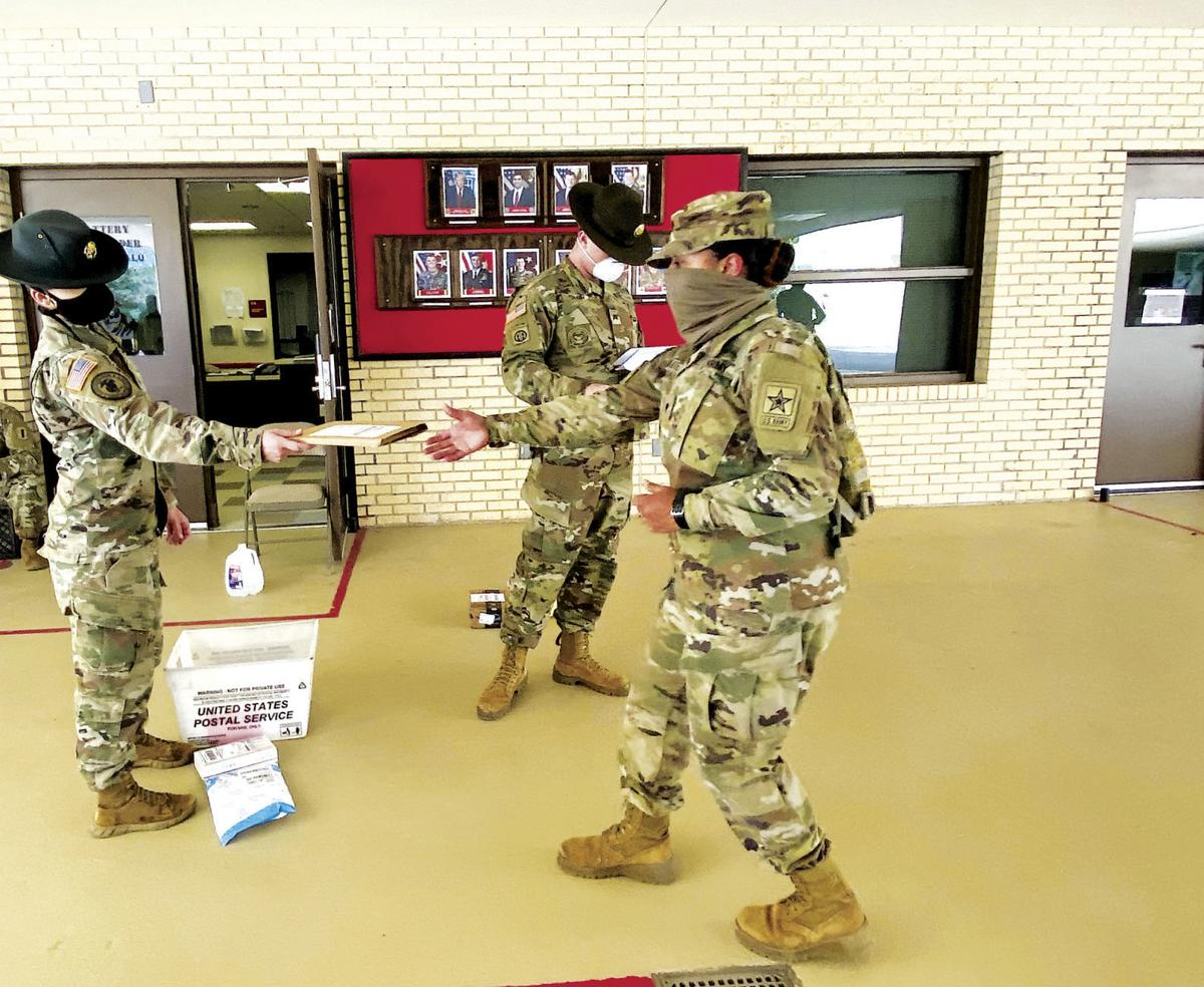 Drill sergeants deliver mail