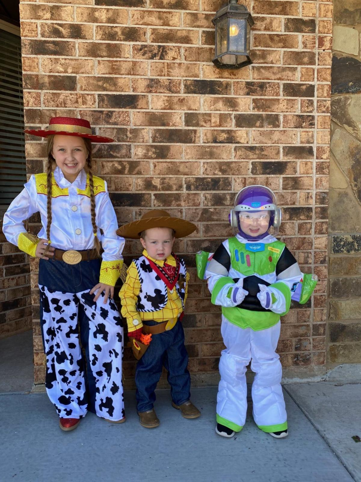 Wise kids dressed for Halloween
