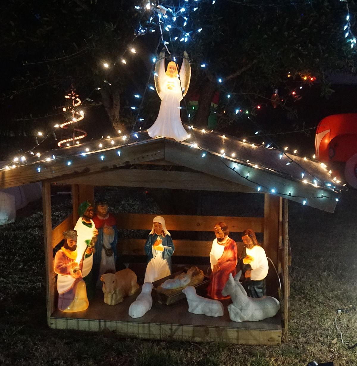 Lawton Christmas lights