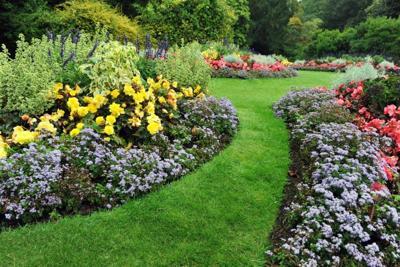 Four season landscaping ideas
