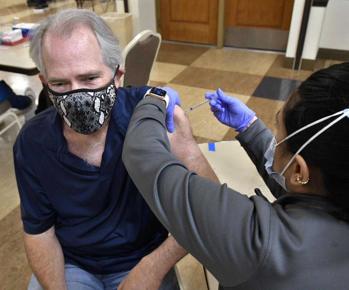 040121 vaccination clinic 06.JPG