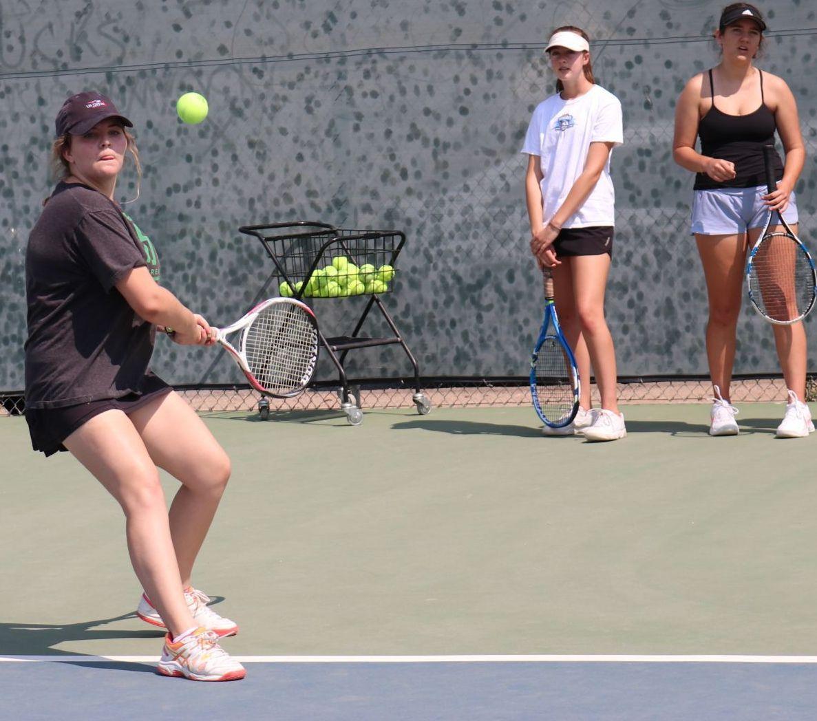 080718 SYHS Girls Tennis 06 Lauren.JPG