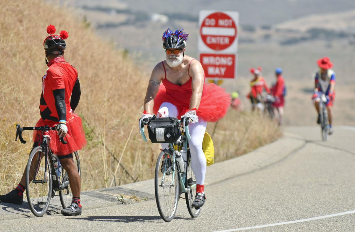 060817 AIDS Lifecycle near Lompoc.jpg (copy)