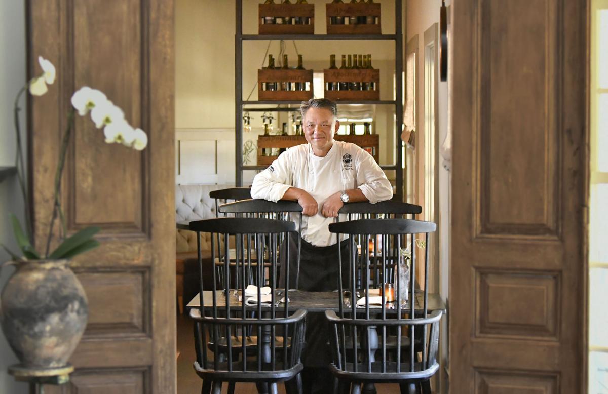 050317 Restaurant Renaissance 01.jpg