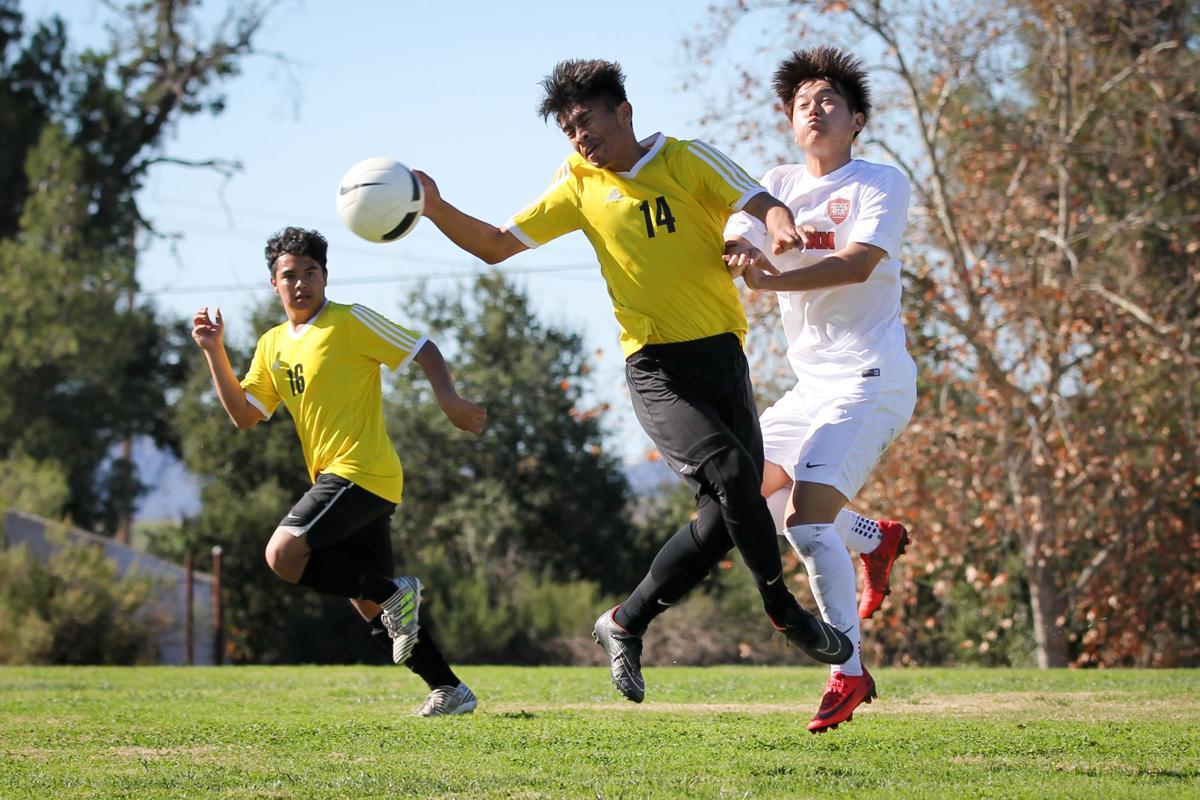 012018 Cabrillo Dunn Soccer 001.jpg