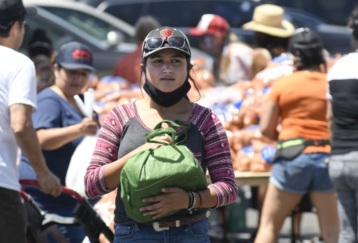 Photos: River of Giving feeds Santa Ynez Valley families