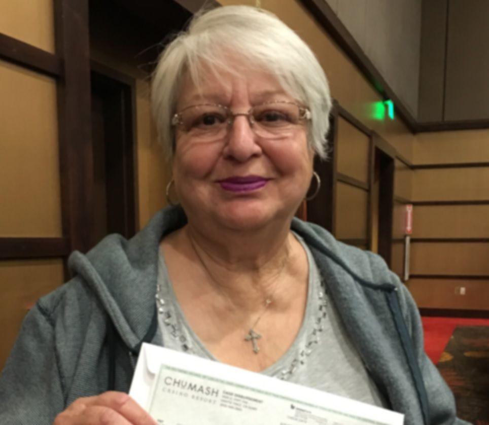 Shirley Bustillos, blue bingo winner at Chumash Casino