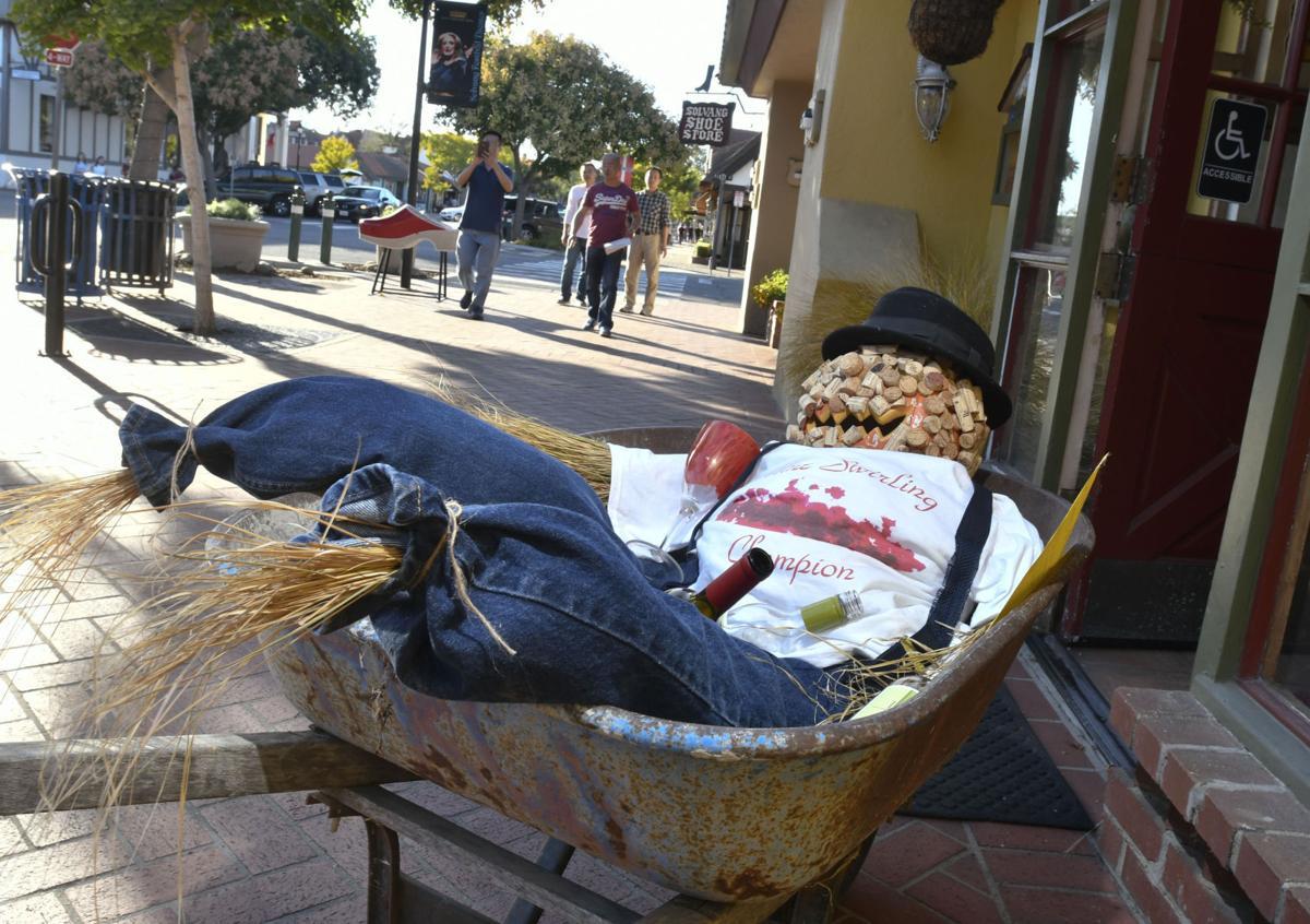 100617 Solvang scarecrows 07.jpg