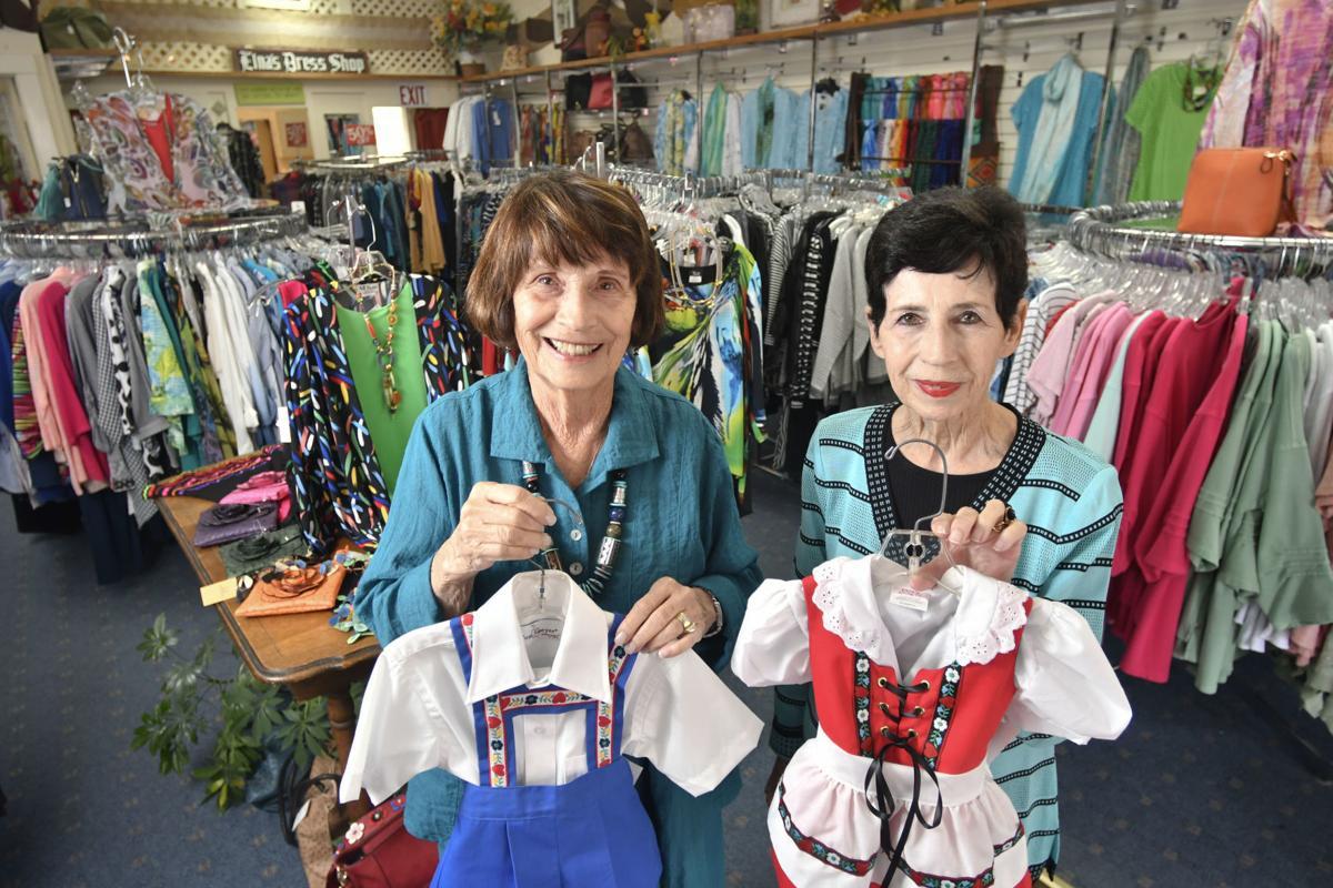 051117 Elna's Dress Shop 02.jpg