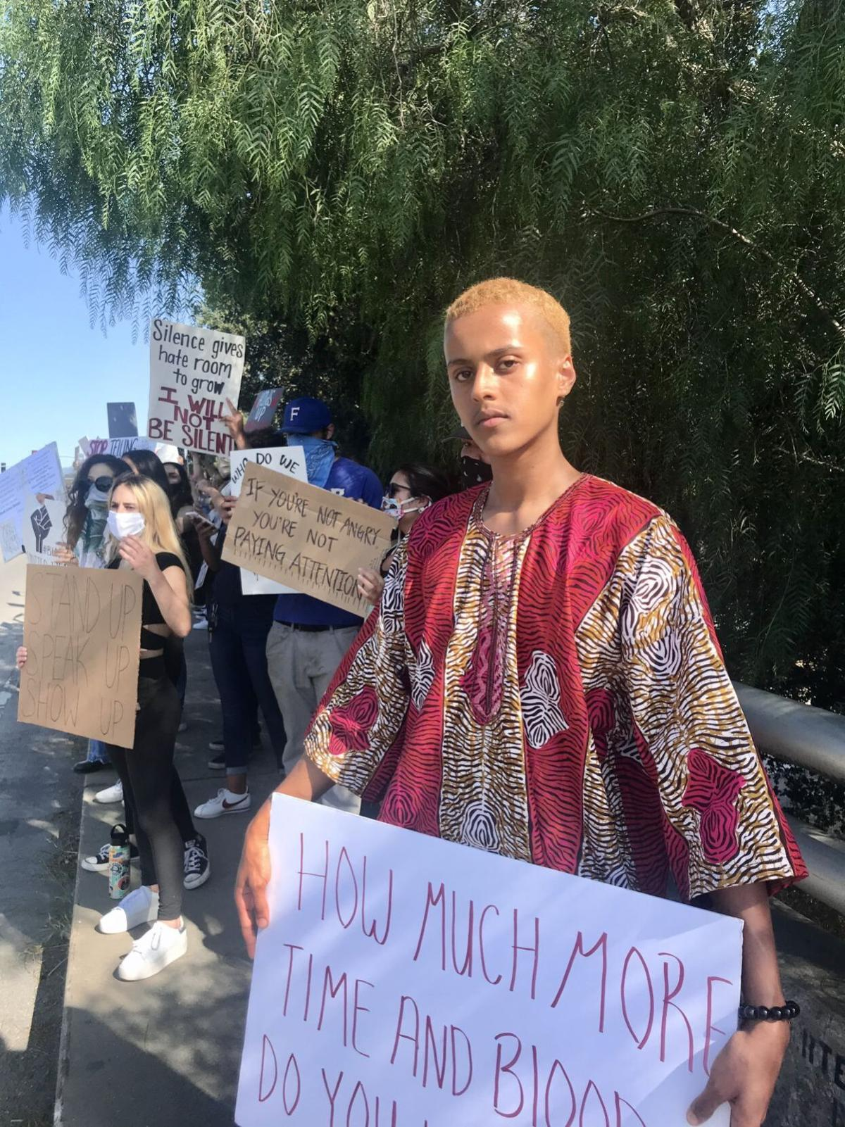 060420 Buellton Protest 24