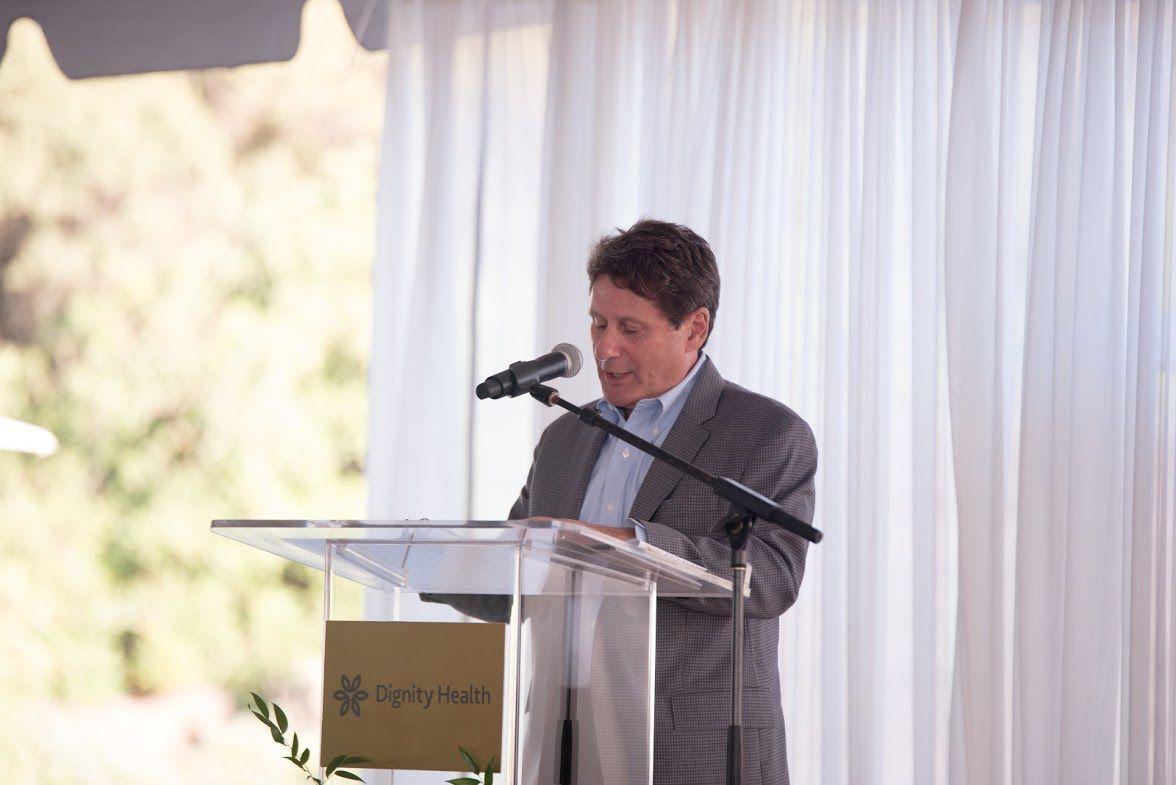 Dan Kaplan speaks at Marian's Vineyards and Vistas Annual Dinner