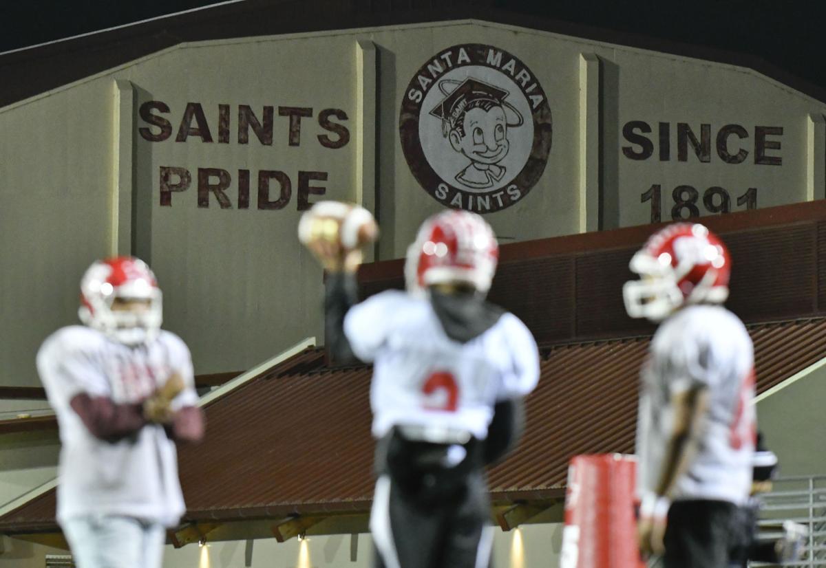113017 SMHS football practice 01.jpg
