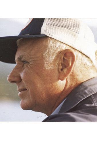 Levern Louis Reynolds (Verne)