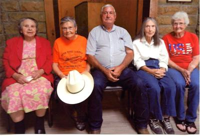 Clay-Philpott family holds reunion