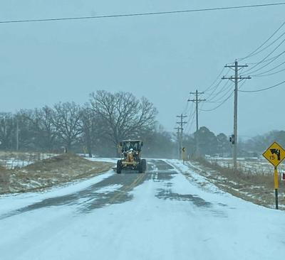 BRACING FOR MORE: Rolling power outages, more road problems expected with snow