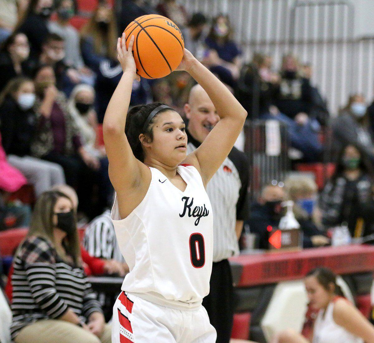 Lady Cougars roll past Hulbert behind Eubanks and Berry