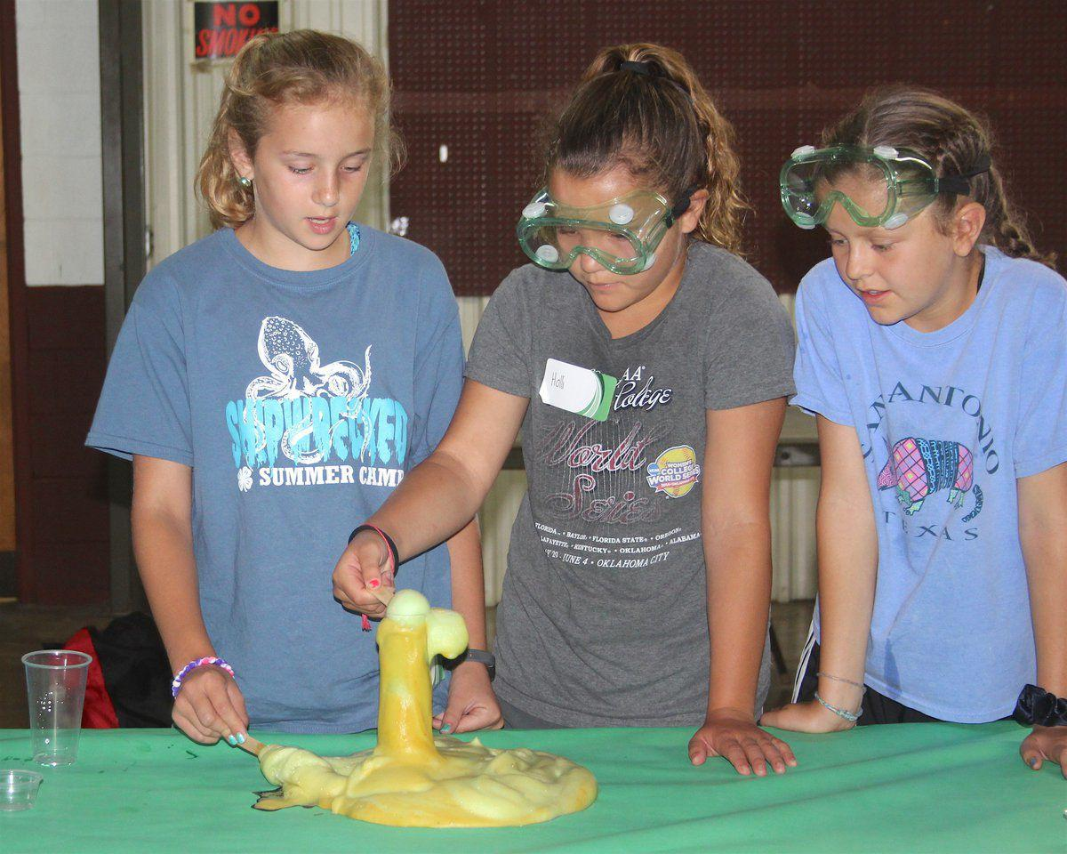 4-H science experiment