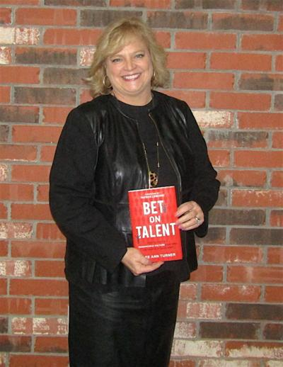 NeoHealth welcomes author Dee Ann Turner