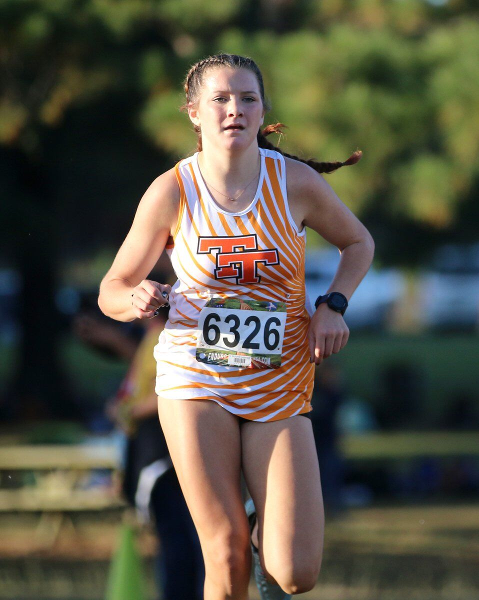 McKenna Hood, Lily Couch finish 1-2 in MLC championship