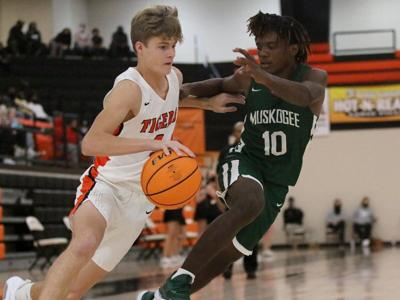 Muskogee tops Tigers, advances to championship game