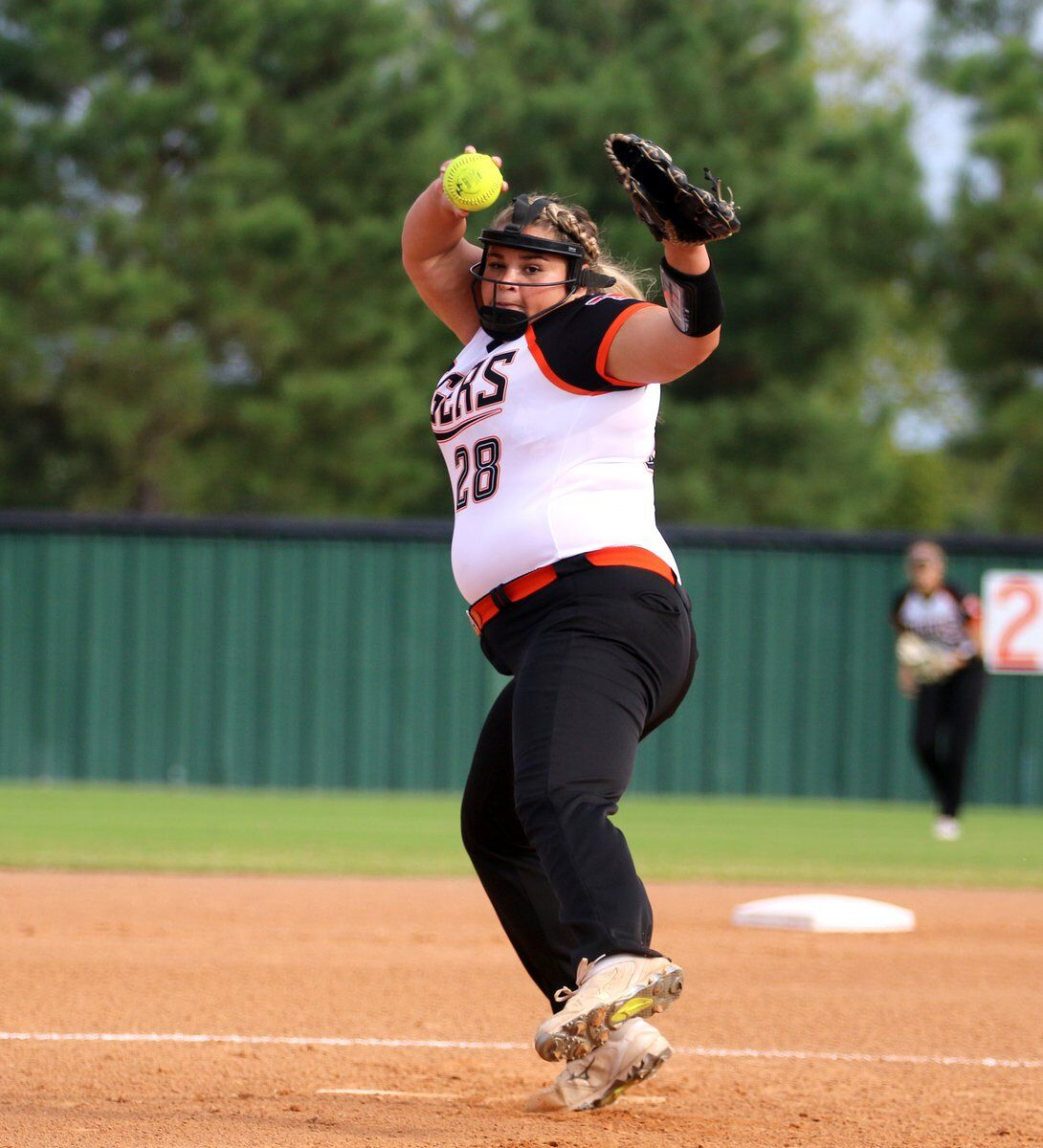 THS CAN'T CAPITALIZE: Lady Tigers fall to Glenpool in extra innings