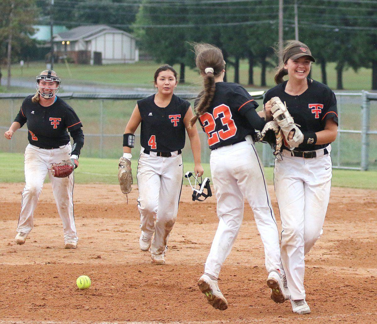 Tahlequah softball