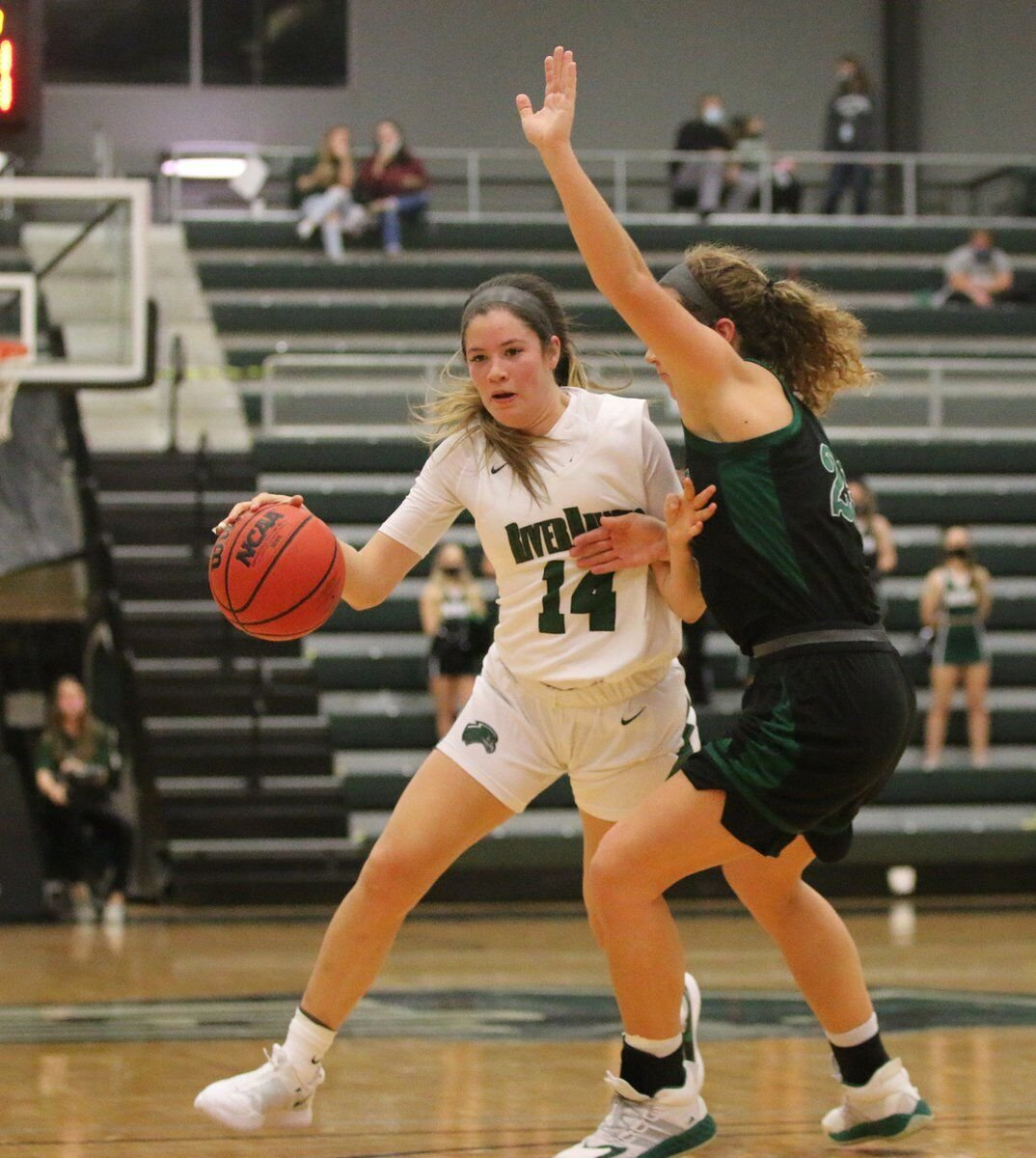 Strong start: RiverHawks open season with 64-56 win over Northwest Missouri
