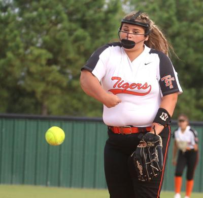 THS takes care of Rogers, pushes win streak to six