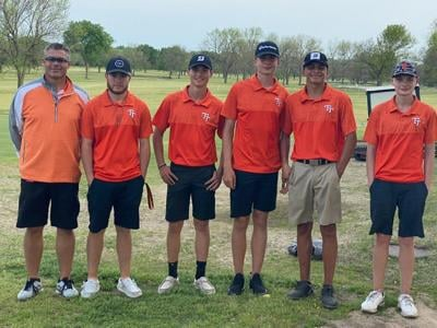 Tahlequah golf team advances to state