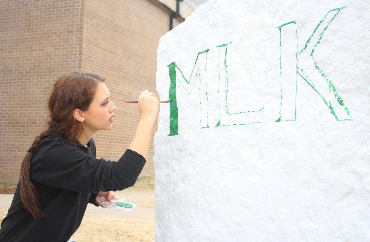Students to celebrate MLK Jr. Day with service