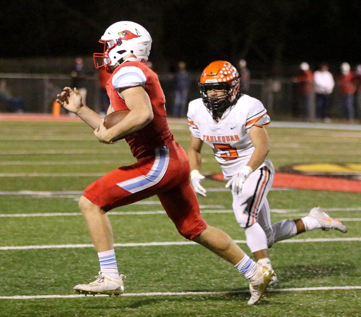 IN REVERSE: Tigers fall to No. 2 Collinsville in regular season finale