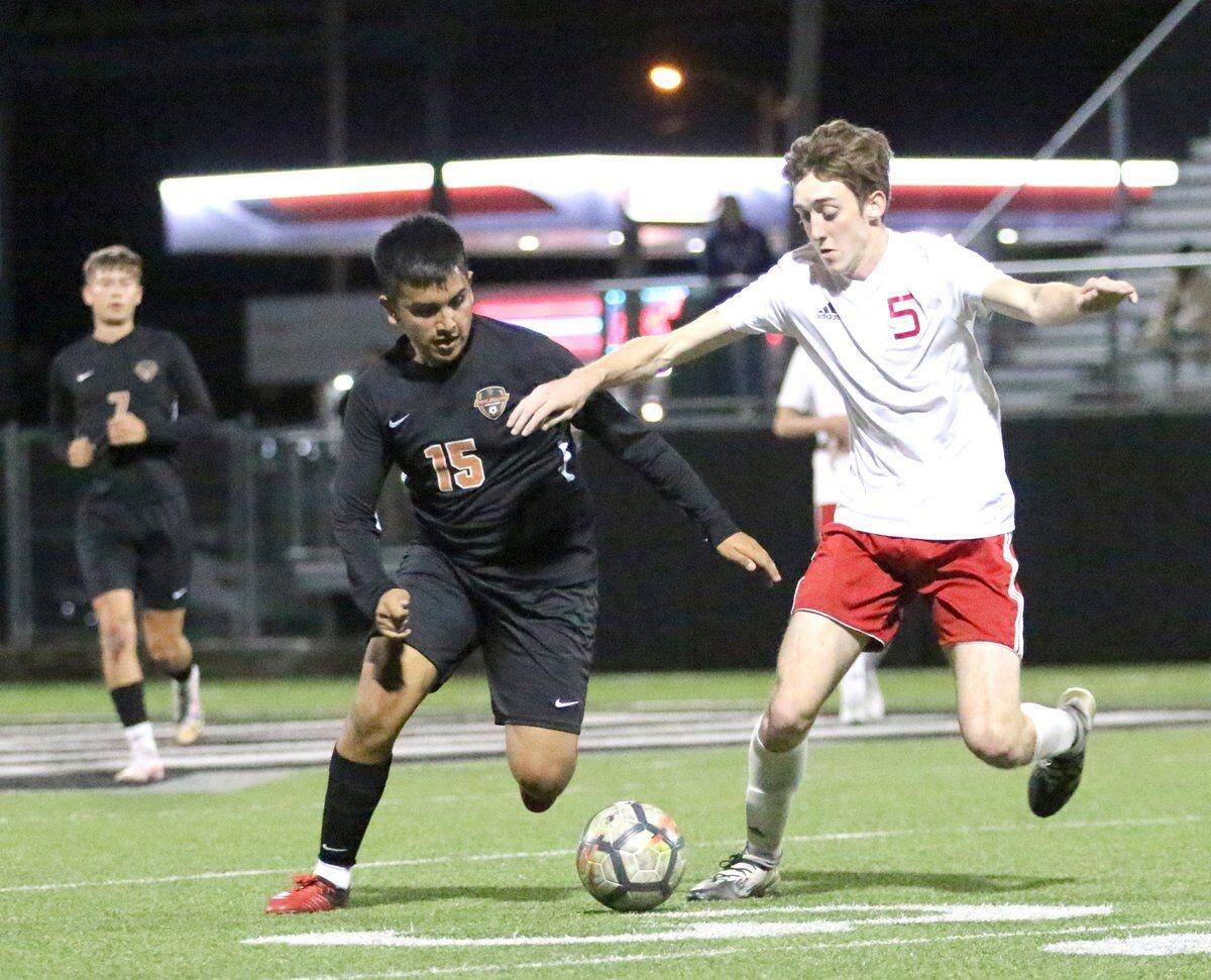 COMEBACK WIN: Tigers overcome 2-0 deficit to beat Collinsville; Lady Tigers suffer fourth straight loss