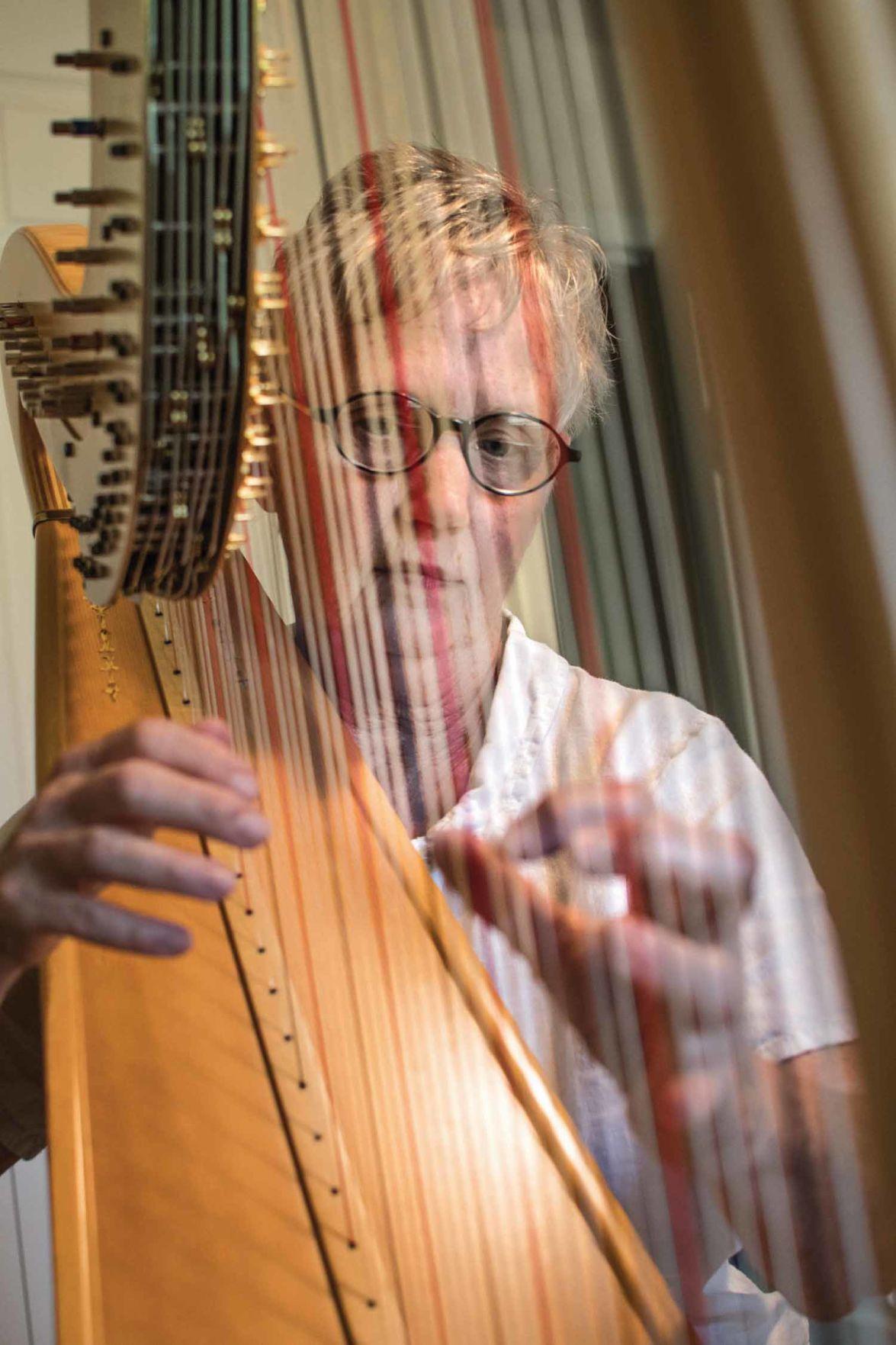 8-25 Lifestyles_Harpist JulieC_JAG-2.jpg