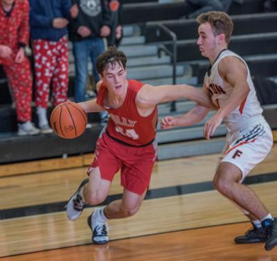 Holly boys basketball