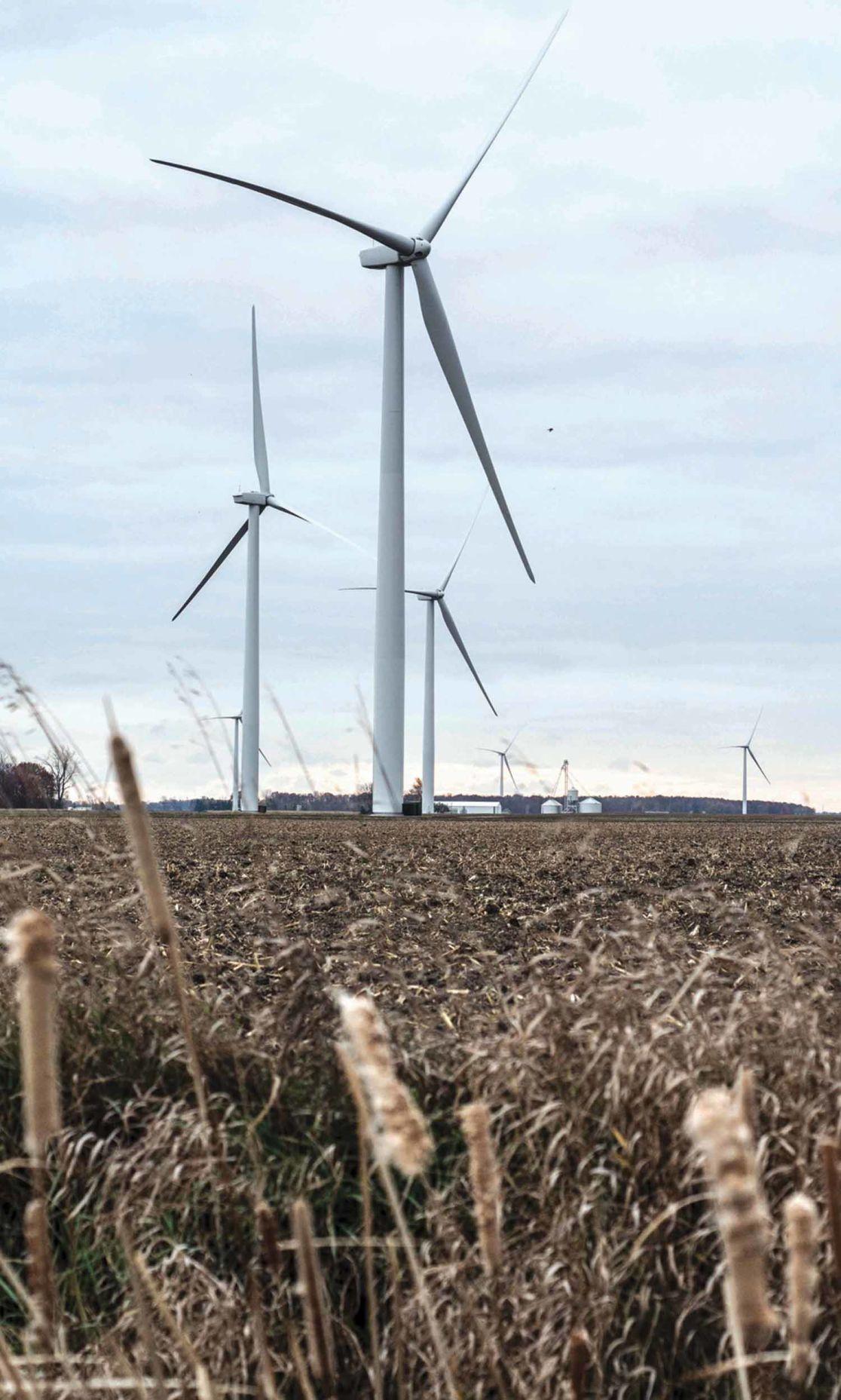 11-25_renewable energy1C_FILE PHOTO.jpg