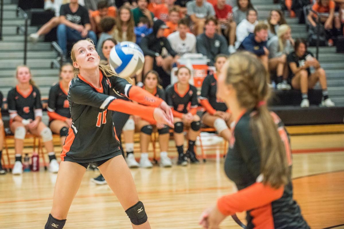 Fenton vs. Swartz Creek volleyball