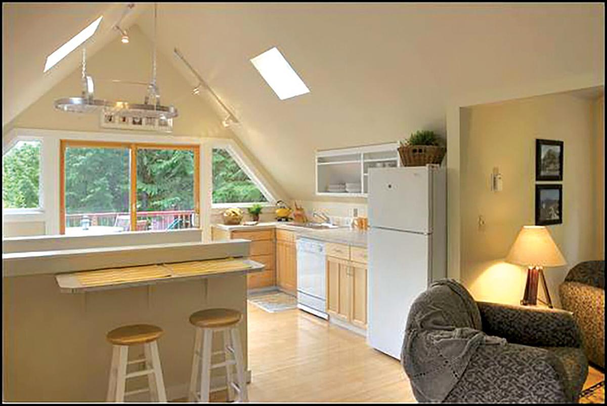 Guest-house-greatroom.jpg