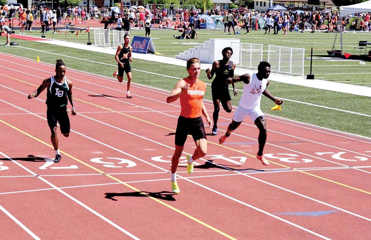 Fenton runner.jpg